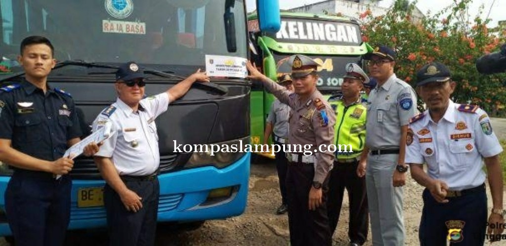 Sat Lantas Polres Tanggamus Bersama Stakholder Periksa Kelaikan Angkutan Bus, Ini Hasilnya ?