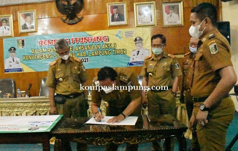 Wabup Lamtim Azwar Hadi Pipin Rapat Rembuk Stunting Daerah