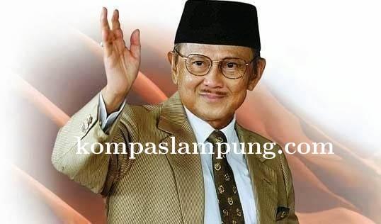 Presiden RI Ke-3 Bacharuddin Jusuf Habibie Tutup Usia