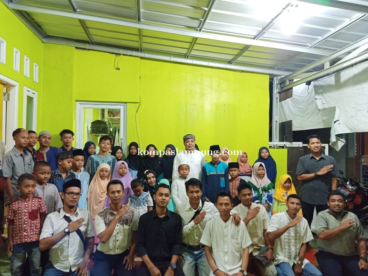 Di Akhir Ramadhan, TDA Metro Santuni Anak Yatim Dan Dhuafa