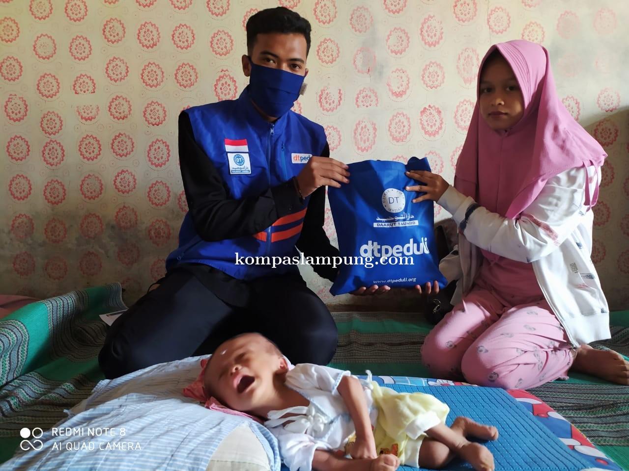 DT Peduli Lampung Bantu Pengobatan Ananda Rayan Nurrahim