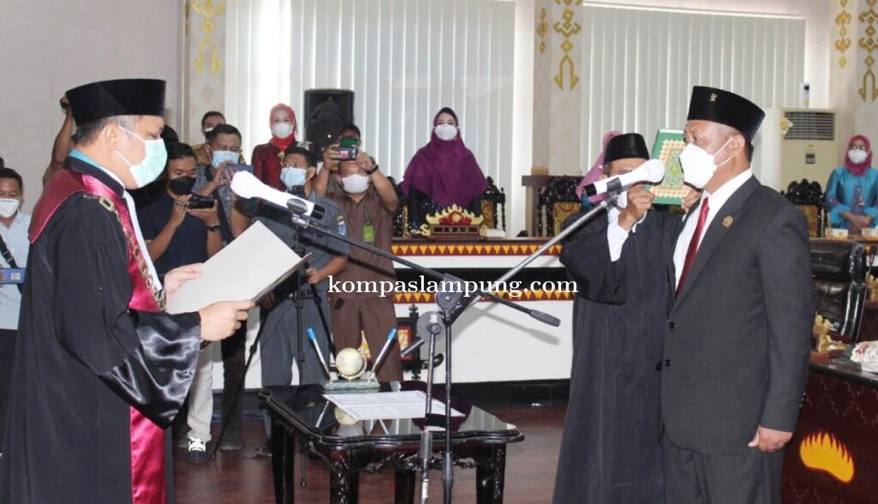 Wakil Ketua I DPRD Kota Metro Resmi di Lantik
