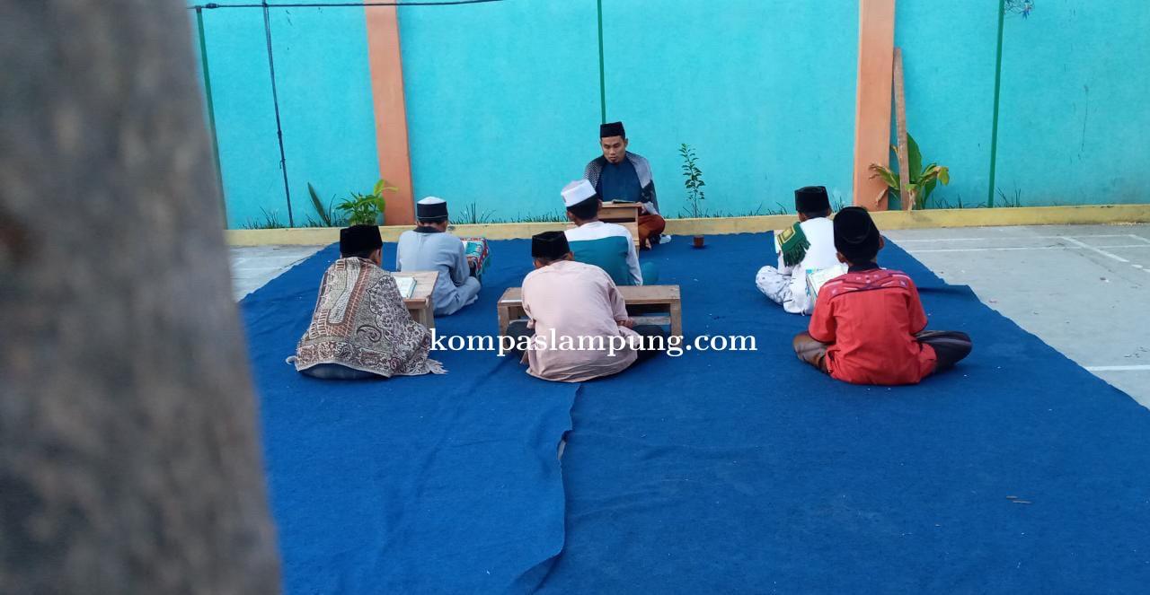 Hebat! Seperti Inilah Santri Daarul Ihyaa DT Peduli Lampung Menghafal Quran Di Masa Pandemi