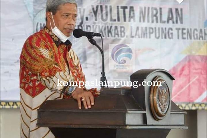 Loekman Djoyosoemarto Ucapkan Terimakasih Kepada Masyarakat Dalam Acara Sertijab Bupati 2016-2021