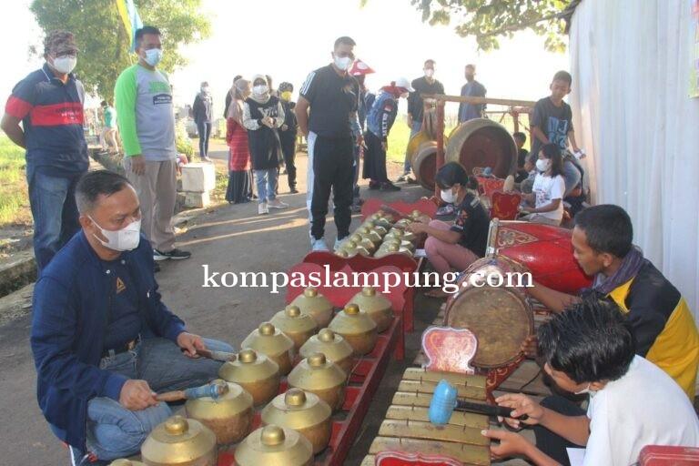 Walikota Dan Wakil Kunjungi Pasar Jamur Mulyojati Metro