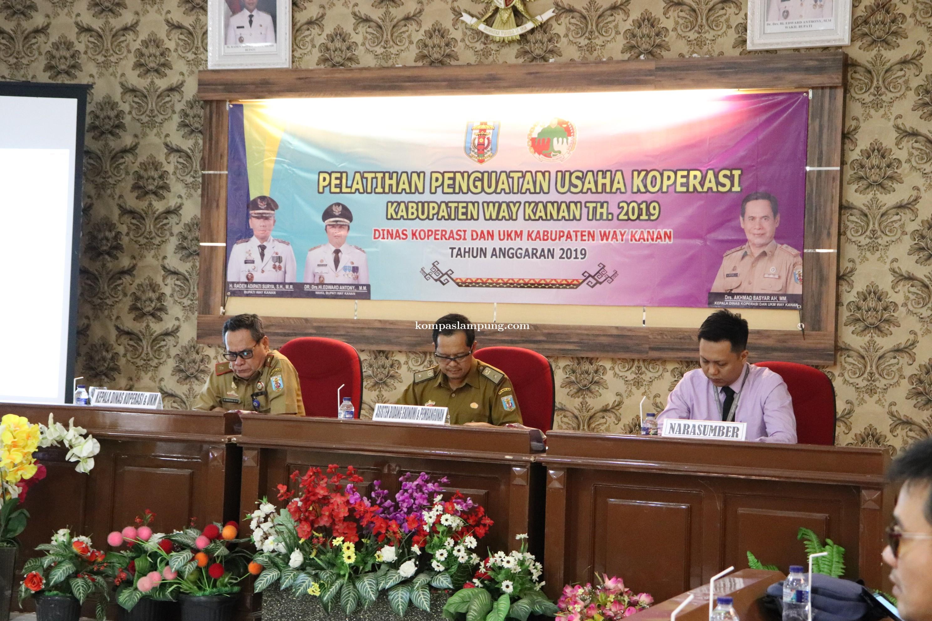 Asisten II Kussarwono Buka Pelatihan Penguatan Usaha Koperasi
