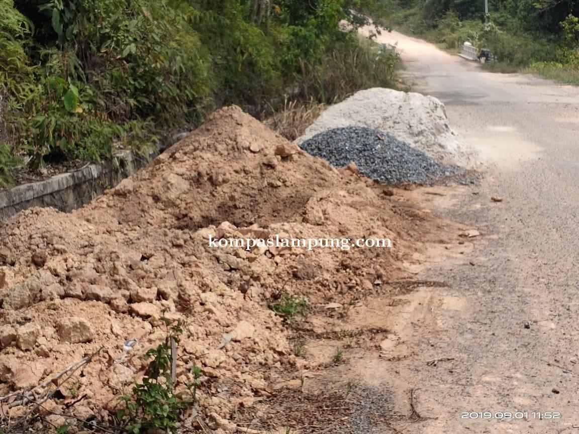 Proyek Galian Kabel Di Kecamatan Gunung Terang Tubaba Diduga Tak Berijin