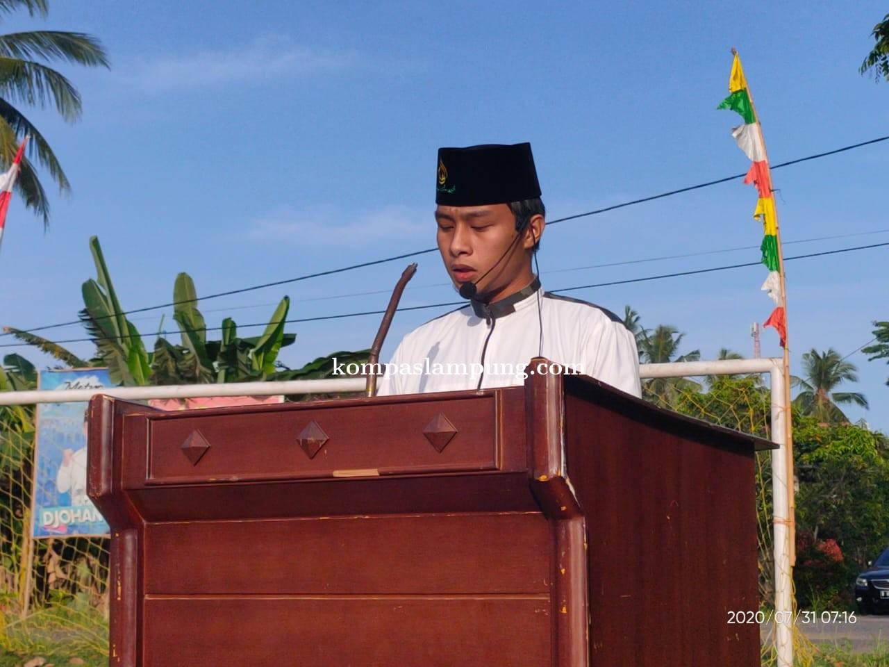 Ustadz Muda Putra Kasat Tahti Polres Metro Imami Shalat Idul Adha 1441 H