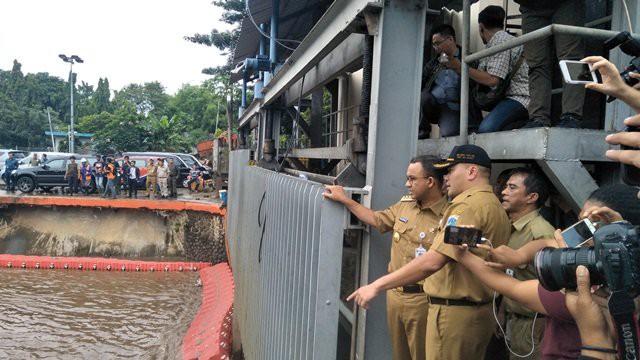 Banjir Jakarta Paling banyak Dicari di Google