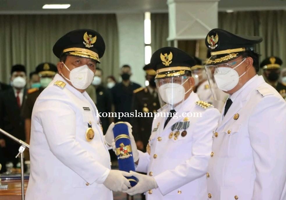 Gubernur Lampung, Ir. Arinal Djunaidi Resmi Melantik Pasangan H.M.Dawam Rahardjo Dan H. Azwar Hadi