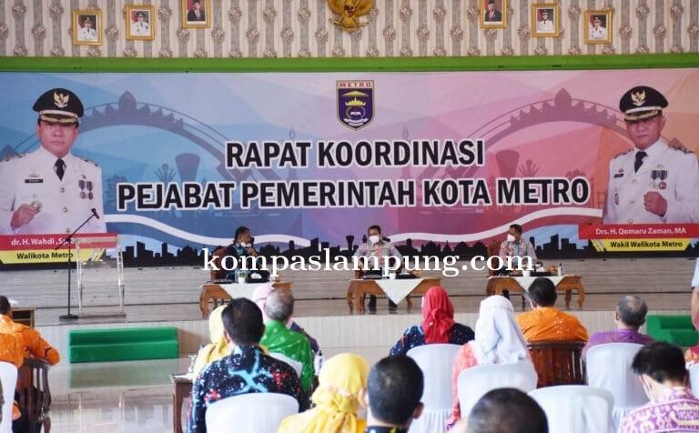 Wahdi Pimpin Rakor Bulanan Pemkot Metro