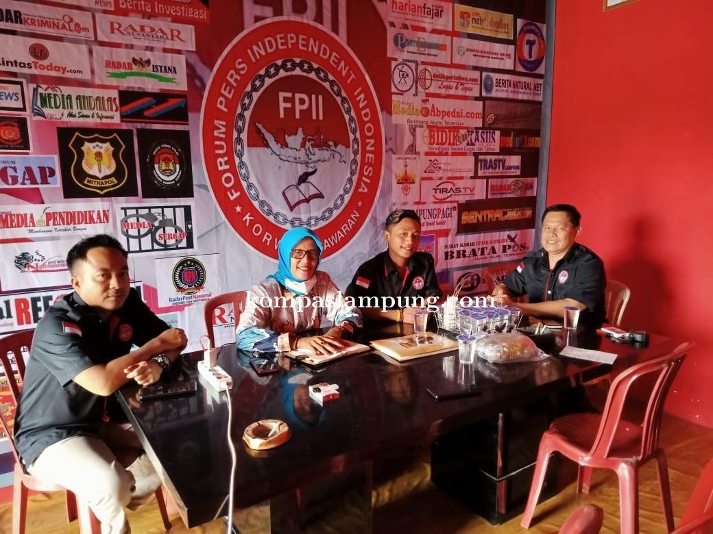 Ketua DPC Peradi Kabupaten Pesawaran Nurul Hidayah Silaturahmi Ke Sekretariat FPII.Pesawaran