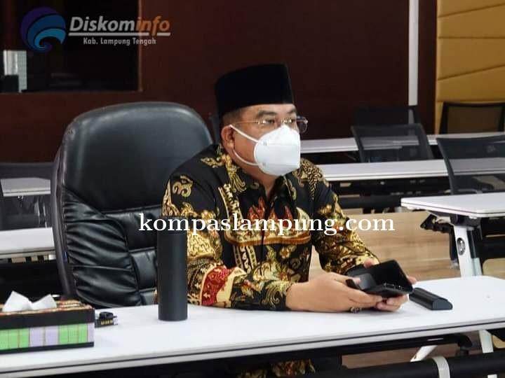 Bupati Lampung Tengah Musa Ahmad Ikuti Kegiatan (Pray From Home) Secara Virtual