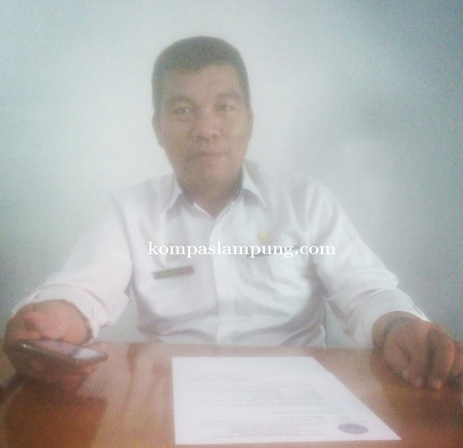 Mengantisipasi Cegah DBD Lurah bandar Jaya Barat Samsul Arief Mengajak Warga Lakukan PSN