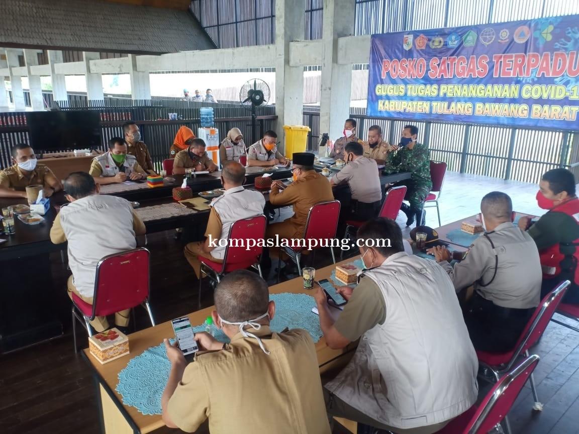 Tim Gugus Tugas Penanganan Covid-19 Tubaba Laksanakan Rapat Analisa Evaluasi Di Posko Gugus Tugas