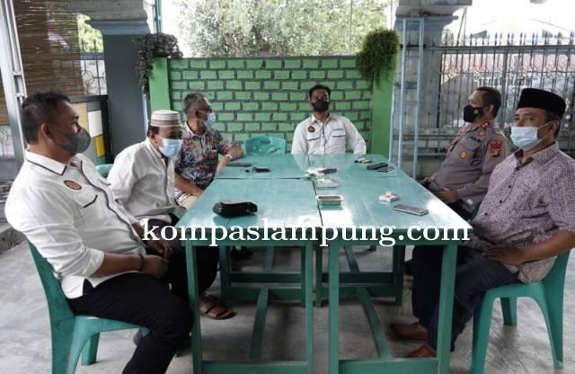 Kapolres Lamteng Bersilaturahmi Dengan Pengurus Masjid Istiqlal Bandar Jaya