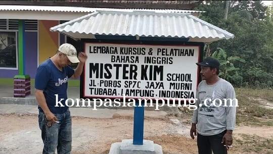 Kim Commanders Bangun Sekolah Bahasa Inggris Di Desa Terpencil Tulang Bawang Barat