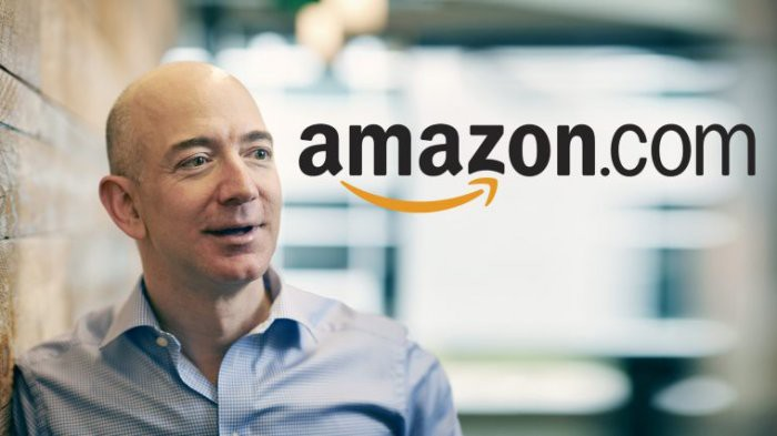 Bos Amazon Temukan Mesin Apollo 11