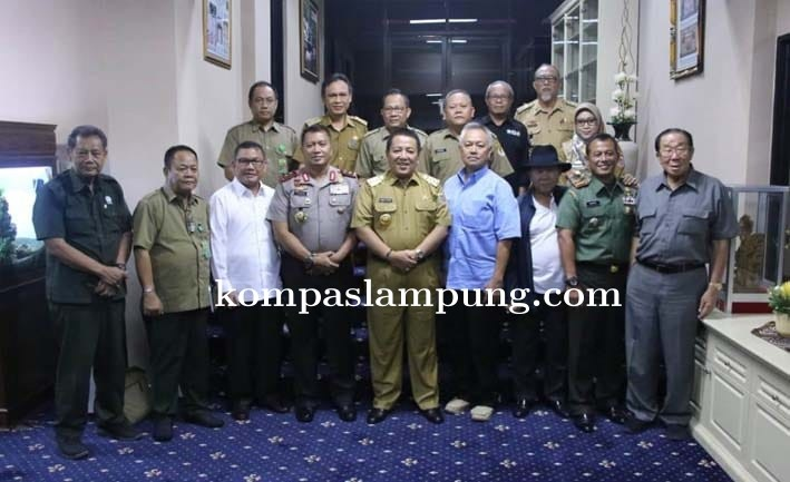 Kemesraan Gubenur Lampung  Arinal Dan Tomy Winata Dalam Membangun Lampung