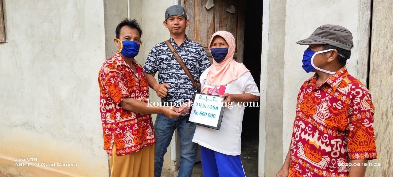 Pembagian BLT-DD Oleh Tiyuh Sidomakmur Tubaba Dilakukan Secara Door To Door