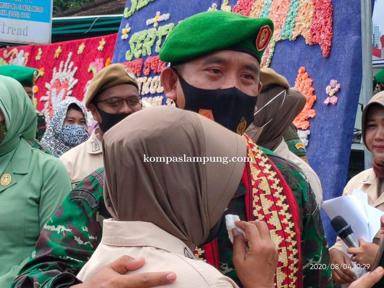Warnai Isak Tangis Pelepasan Dandim Lama Letkol CZI Burhanuddin